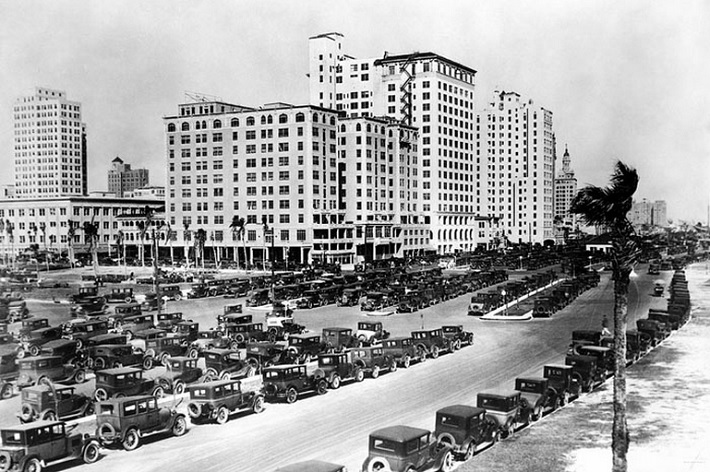 Biscayne Boulevard in Miami Florida in 1927