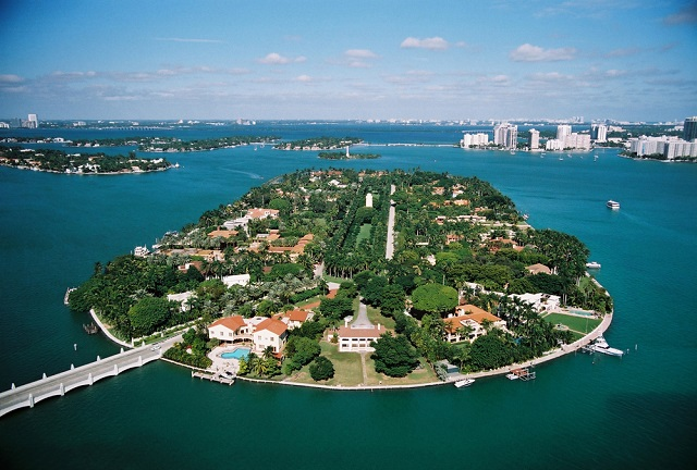 Star_Island_Miami_Beach